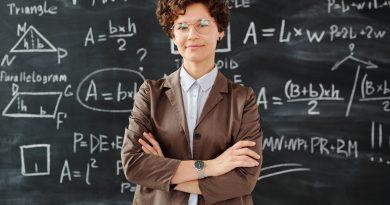 Platy učiteliek a učiteľov musíme opäť začať zvyšovať